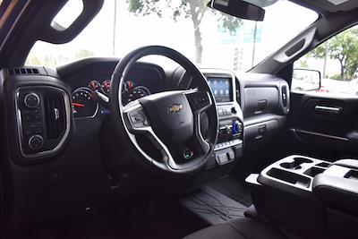 2019 Chevrolet Silverado 1500 Crew Cab 4x4, Pickup #SA29789 - photo 13