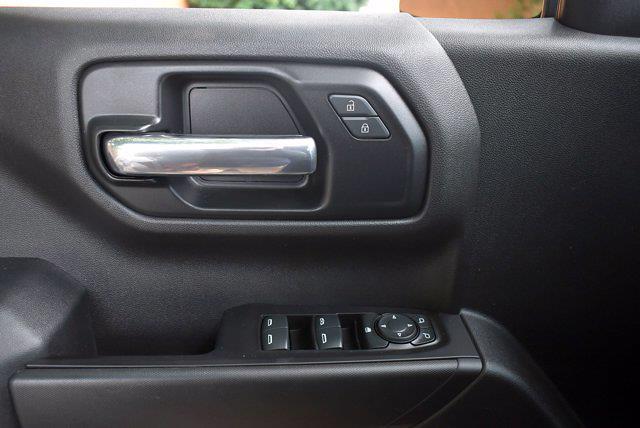 2019 Chevrolet Silverado 1500 Crew Cab 4x4, Pickup #SA29811 - photo 10