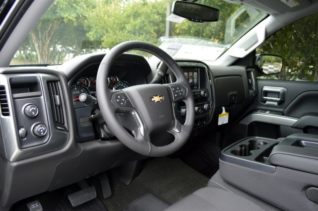 2018 Silverado 1500 Double Cab 4x4, Pickup #T1067 - photo 10