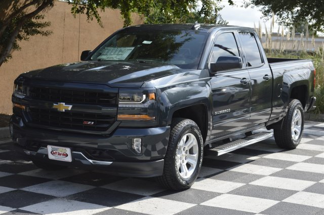 2018 Silverado 1500 Extended Cab 4x4 Pickup #T1103 - photo 3