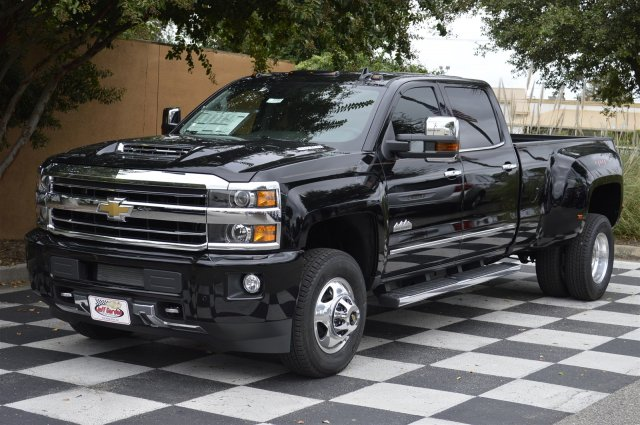 2018 Silverado 3500 Crew Cab 4x4, Pickup #T1157 - photo 3