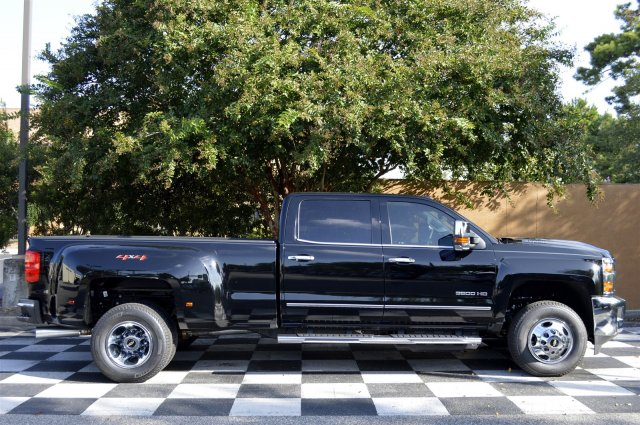2018 Silverado 3500 Crew Cab 4x4, Pickup #T1167 - photo 8