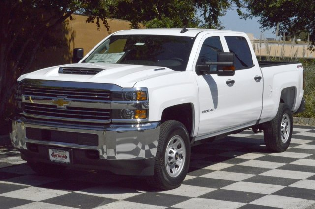 2018 Silverado 2500 Crew Cab 4x4 Pickup #T1175 - photo 3