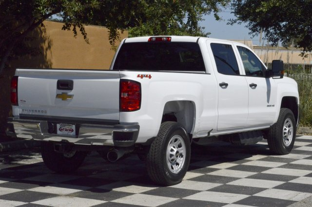 2018 Silverado 2500 Crew Cab 4x4 Pickup #T1175 - photo 2