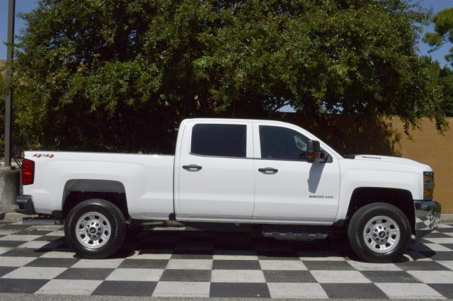 2018 Silverado 2500 Crew Cab 4x4 Pickup #T1175 - photo 8