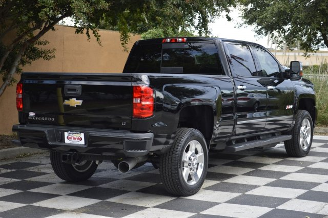 2018 Silverado 2500 Crew Cab 4x4, Pickup #T1177 - photo 2