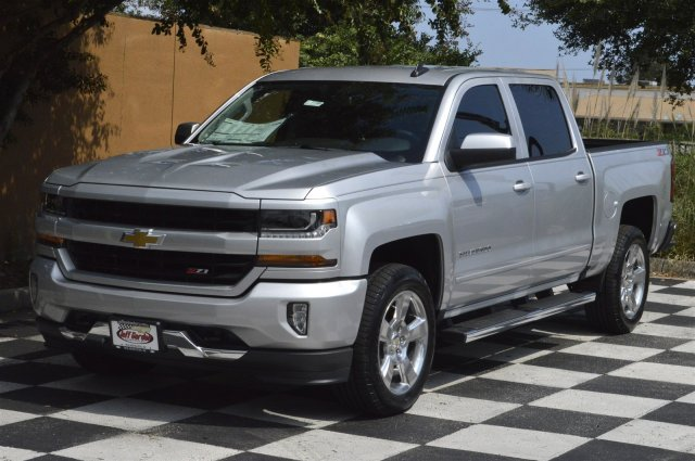 2018 Silverado 1500 Crew Cab 4x4 Pickup #T1198 - photo 3