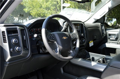 2018 Silverado 1500 Crew Cab 4x4 Pickup #T1225 - photo 10