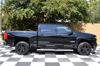 2018 Silverado 1500 Crew Cab 4x4 Pickup #T1225 - photo 8