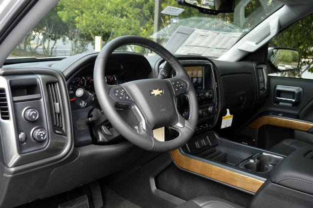 2018 Silverado 1500 Crew Cab 4x4 Pickup #T1231 - photo 10