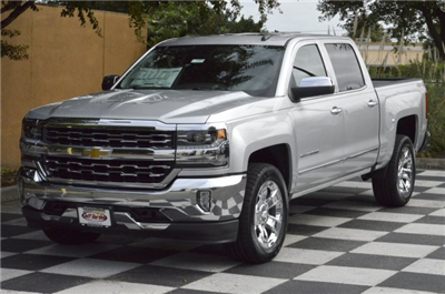 2018 Silverado 1500 Crew Cab 4x4 Pickup #T1231 - photo 3