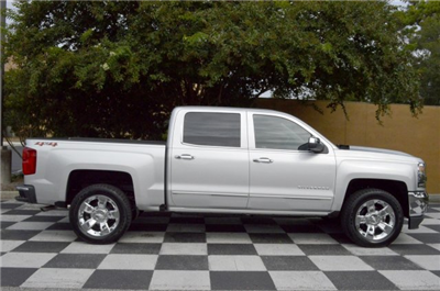 2018 Silverado 1500 Crew Cab 4x4 Pickup #T1231 - photo 8