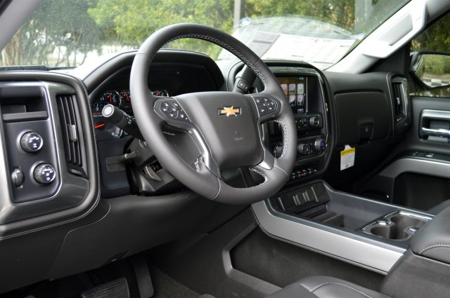 2018 Silverado 1500 Crew Cab 4x4 Pickup #T1243 - photo 10