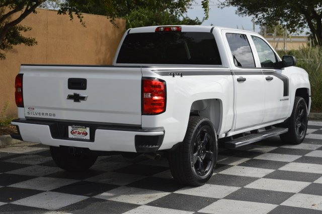 2018 Silverado 1500 Crew Cab 4x4 Pickup #T1251 - photo 2