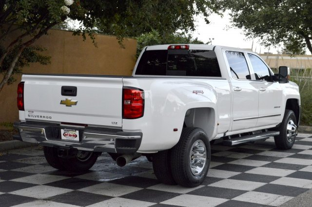 2018 Silverado 3500 Crew Cab 4x4, Pickup #T1257 - photo 2