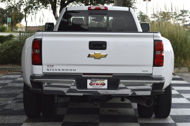 2018 Silverado 3500 Crew Cab 4x4, Pickup #T1257 - photo 6