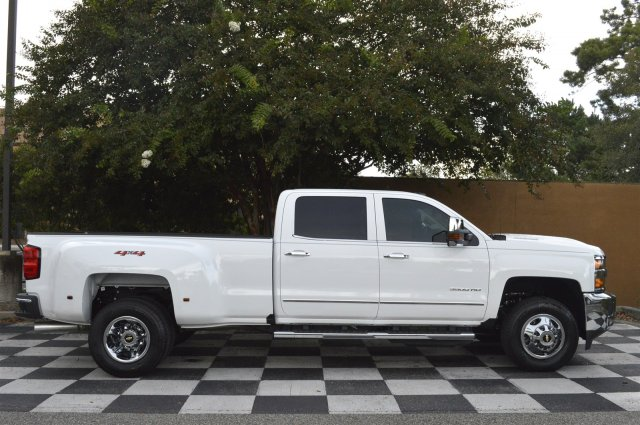 2018 Silverado 3500 Crew Cab 4x4, Pickup #T1257 - photo 8