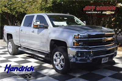 2018 Silverado 2500 Crew Cab 4x4 Pickup #T1287 - photo 1