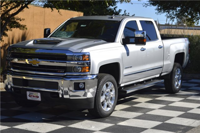 2018 Silverado 2500 Crew Cab 4x4 Pickup #T1287 - photo 3