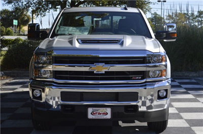 2018 Silverado 2500 Crew Cab 4x4 Pickup #T1287 - photo 4