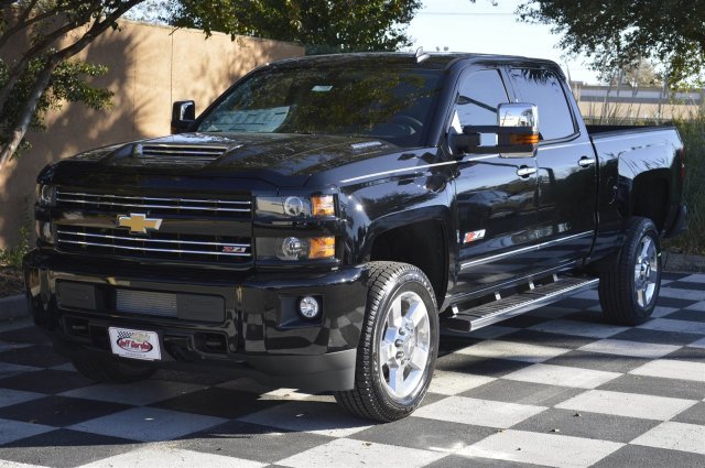 2018 Silverado 2500 Crew Cab 4x4, Pickup #T1338 - photo 3