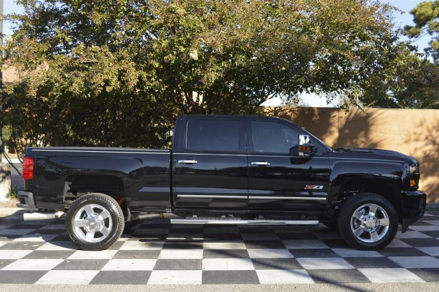 2018 Silverado 2500 Crew Cab 4x4, Pickup #T1338 - photo 8