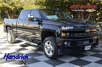 2018 Silverado 2500 Crew Cab 4x4 Pickup #T1338 - photo 1