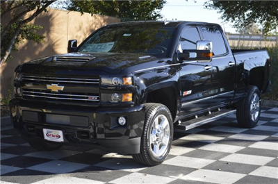 2018 Silverado 2500 Crew Cab 4x4 Pickup #T1338 - photo 3