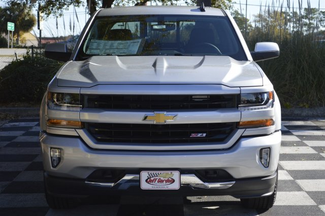 2018 Silverado 1500 Crew Cab 4x4 Pickup #T1343 - photo 4