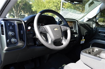 2018 Silverado 1500 Crew Cab 4x4 Pickup #T1346 - photo 10