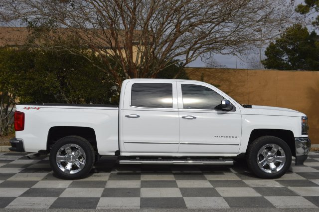 2017 Silverado 1500 Crew Cab 4x4 Pickup #T1374A - photo 9