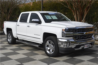 2017 Silverado 1500 Crew Cab 4x4 Pickup #T1374A - photo 3