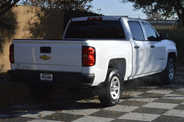 2018 Silverado 1500 Crew Cab, Pickup #T1406 - photo 2