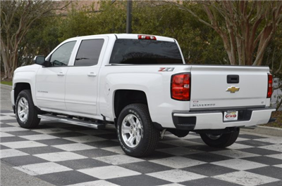 2018 Silverado 1500 Crew Cab 4x4, Pickup #T1688 - photo 5
