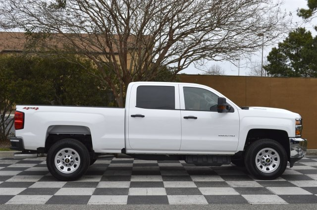 2018 Silverado 2500 Crew Cab 4x4, Pickup #T1693 - photo 8