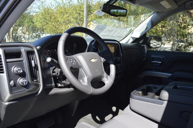2018 Silverado 1500 Crew Cab 4x4, Pickup #T1701 - photo 10