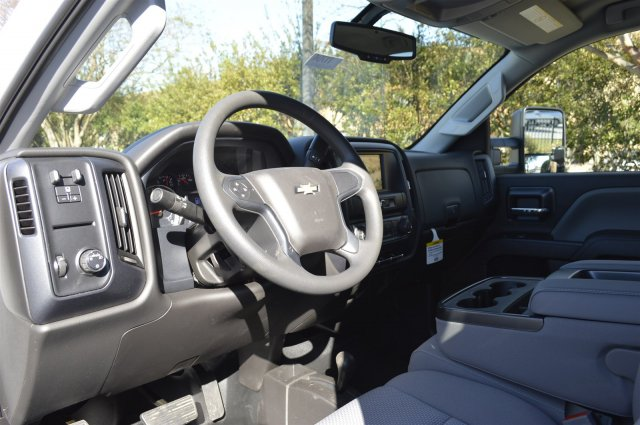 2018 Silverado 2500 Crew Cab 4x4, Pickup #T1704 - photo 10