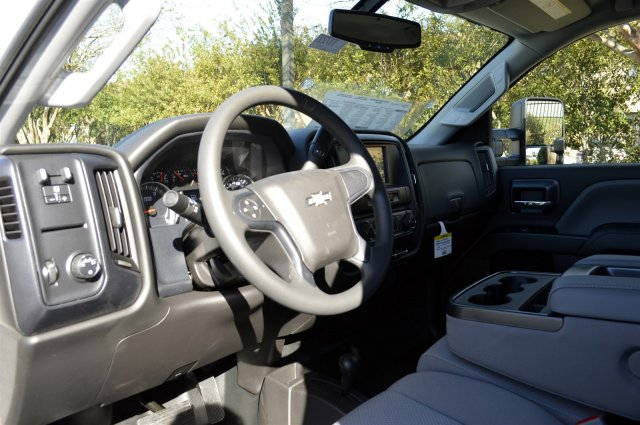 2018 Silverado 2500 Crew Cab 4x4, Pickup #T1727 - photo 10