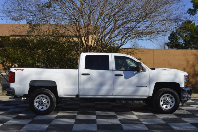 2018 Silverado 2500 Crew Cab 4x4, Pickup #T1727 - photo 8