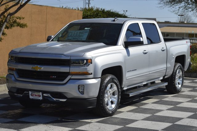 2018 Silverado 1500 Crew Cab 4x4, Pickup #T1756 - photo 3