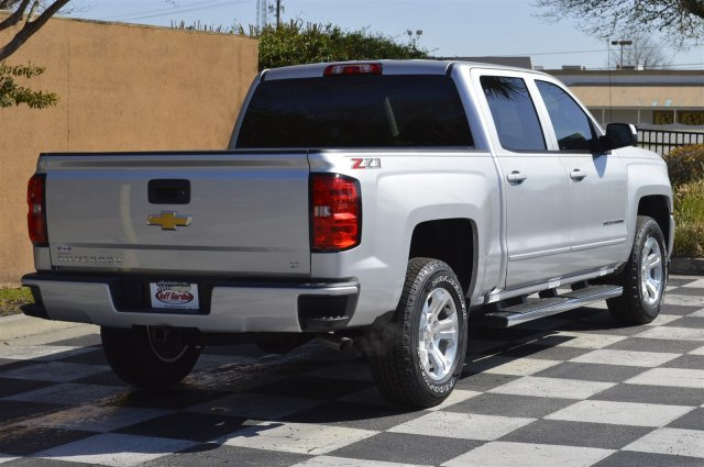 2018 Silverado 1500 Crew Cab 4x4, Pickup #T1756 - photo 2