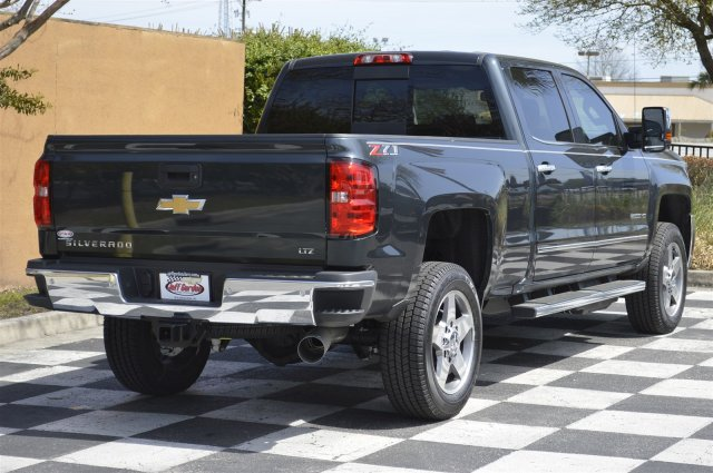 2018 Silverado 2500 Crew Cab 4x4, Pickup #T1759 - photo 2