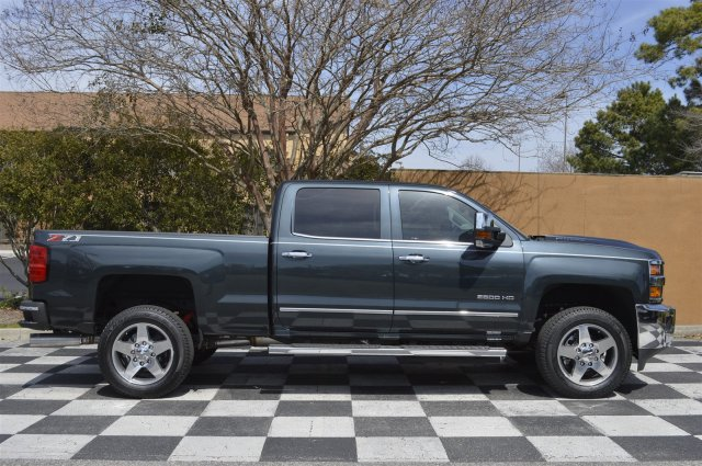 2018 Silverado 2500 Crew Cab 4x4, Pickup #T1759 - photo 8