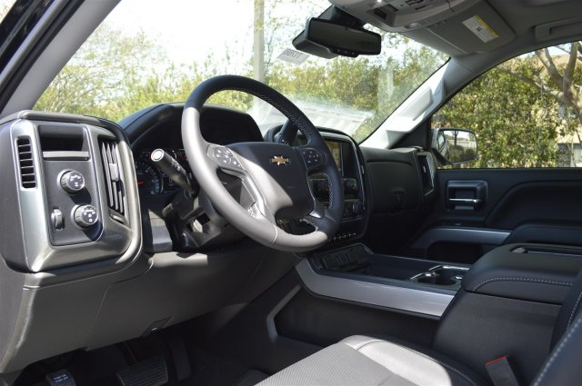 2018 Silverado 1500 Crew Cab 4x4, Pickup #T1768 - photo 10