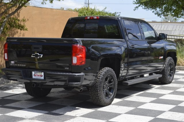 2018 Silverado 1500 Crew Cab 4x4, Pickup #T1793 - photo 2