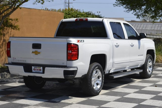 2018 Silverado 1500 Crew Cab 4x4, Pickup #T1797 - photo 2