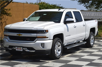 2018 Silverado 1500 Crew Cab 4x4, Pickup #T1797 - photo 3