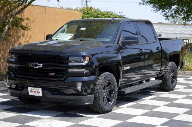 2018 Silverado 1500 Crew Cab 4x4, Pickup #T1800 - photo 3