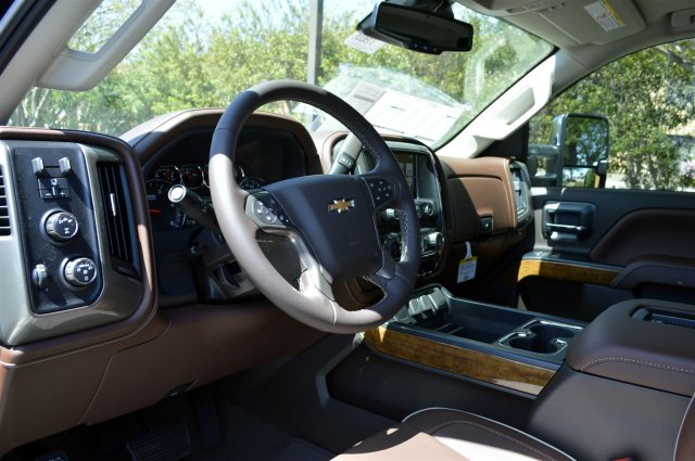 2018 Silverado 2500 Crew Cab 4x4, Pickup #T1803 - photo 10