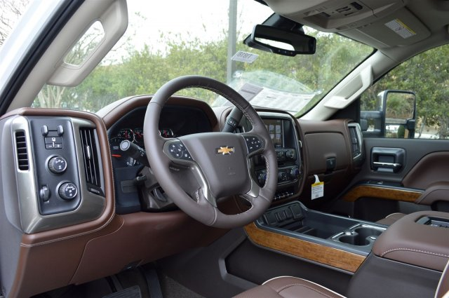 2018 Silverado 2500 Crew Cab 4x4, Pickup #T1818 - photo 10